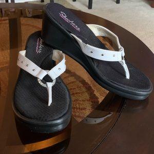 Skechers Rhinestone Thong Wedge Sandals 10